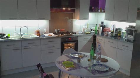 lumi鑽e cuisine plan de travail eclairage sous meuble best eclairage cuisine sous meuble haut uprod for eclairage sous meuble haut cuisine with eclairage sous meuble eclairage