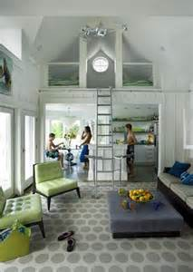 Beautiful Small House With Loft by Modny Nowoczesny I Mały Dom 20 Pomysł 243 W