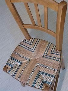 Tapisser Une Chaise : les 25 meilleures id es de la cat gorie chaise paille sur pinterest tapisser une chaise ~ Melissatoandfro.com Idées de Décoration