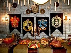 Harry Potter Decoration : harry potter halloween decorations for die hard fans ~ Dode.kayakingforconservation.com Idées de Décoration