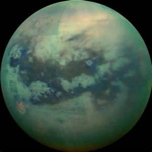 Saturn's Largest Moon Looks A Lot Like Earth, NASA Photos ...