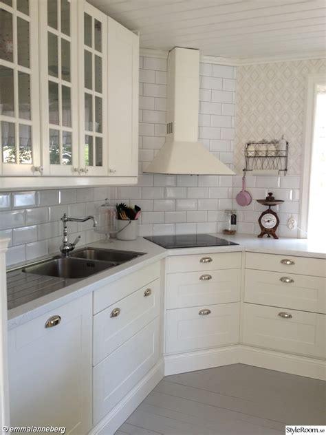 blue kitchen cabinets for spish 228 ll k 246 kskran tapwell vitrinsk 229 p k 246 ksv 229 g spisar i 7939