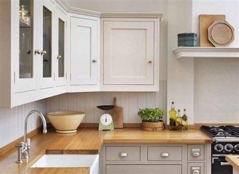 cuisine grise et blanche 17 best ideas about cuisine blanche et bois on