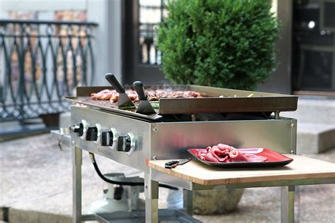 What Is Outdoor Flattop Grill?  Designs Ideas & Decors