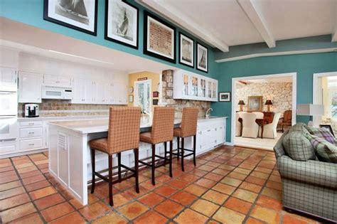 terra cotta tile in kitchen terra cotta floor tile living room limbago 8441