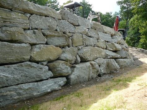 retaining wall with boulders massive boulder walls make over