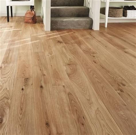 cheap oak hardwood flooring 25 best ideas about solid wood flooring on pinterest diy wood floors pine wood flooring and