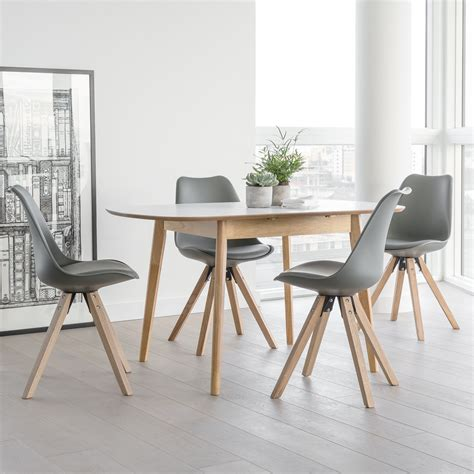 Outandoutoriginal Dean Extendable Dining Table And 4