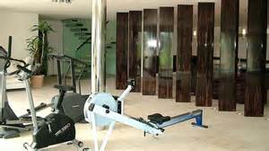 Boden Fur Fitnessraum Zu Hause Fitnessstudio Zu Hause Einrichten