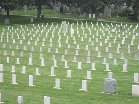 File:Confederate graves, Austin, TX IMG 2137.JPG ...