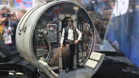 Comic-Con: 65 Images of Some Amazing Sideshow Collectibles ...