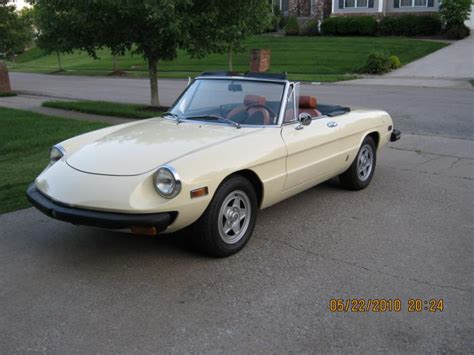 1976 Alfa Romeo Spider by 1976 Alfa Romeo Spider Photos Informations Articles