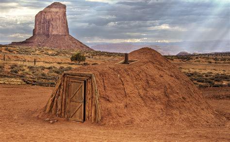 Filenavajo Hogan Monument Valley Wikimedia Commons