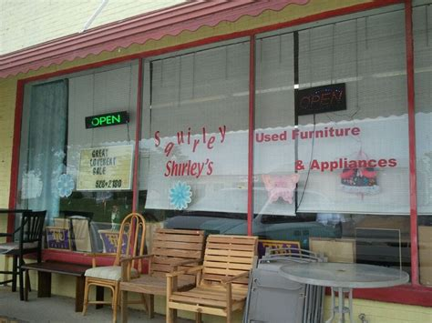squirley shirleys furniture stores 54 s cedar ave