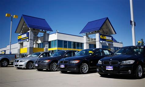 carmax auto finance income rises