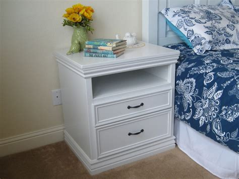 White Simple Nightstand by White Not So Quot Rhyan Quot Nightstands Diy Projects