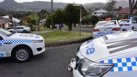 siege cars siege closes wollongong streets the courier