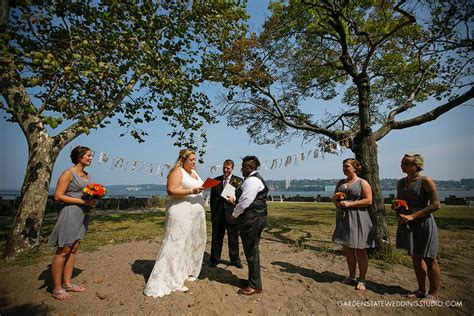 Alpine Boat Basin Wedding by Alpine Boat Basin Pavilion Wedding At Palisades Interstate