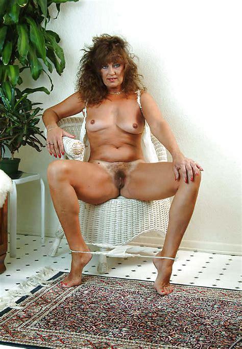 Linda Mature Fucking Bitch With Bare Feet Part 10 15