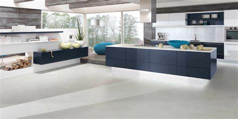 chambre bleu et blanc alno cuisine design blanc mat et indigo mat photo 4 20