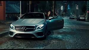 Mercedes Justice League : justice league x mercedes benz commercial hard to resist advertising for life benz ~ Medecine-chirurgie-esthetiques.com Avis de Voitures