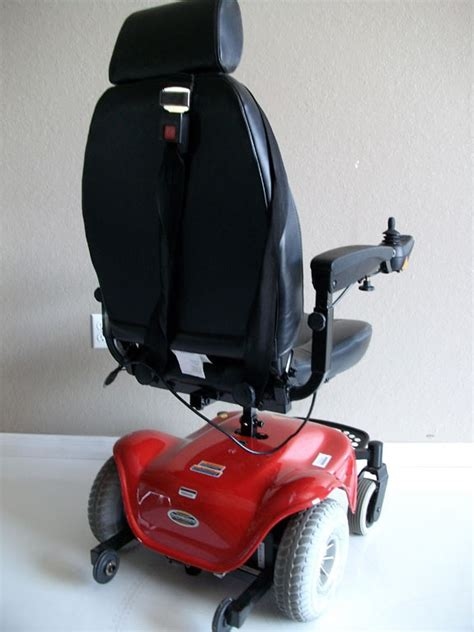 pre owned used rascal 245 3 wheel mobility scooter with