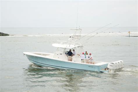 Regulator Boats Careers by Regulator Marine Launches The Regulator 41 Boating Industry