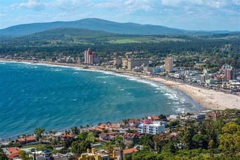Should I go to Uruguay or Argentina? Comparing travel ...