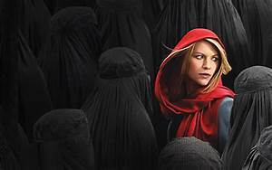 Homeland Season 4 Premiere Review: Table for One, Please