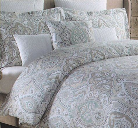 tahari bedding collection 1000 ideas about luxury duvet covers on