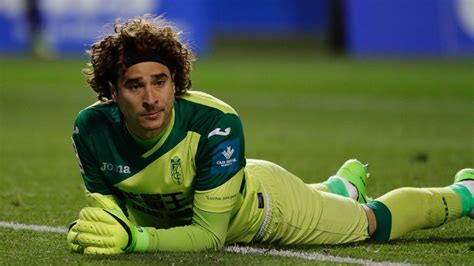 mexico goalkeeper guillermo ochoa joins standard liege