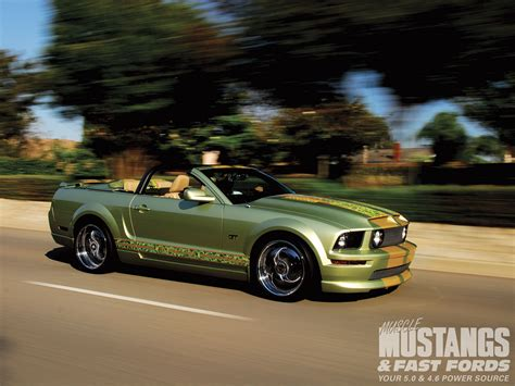 mustangs fast fords 2005 ford mustang gt convertible mustangs fast