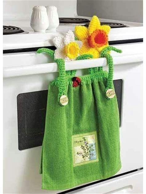 kitchen towel holder ideas tea towel holder manteles para cocina