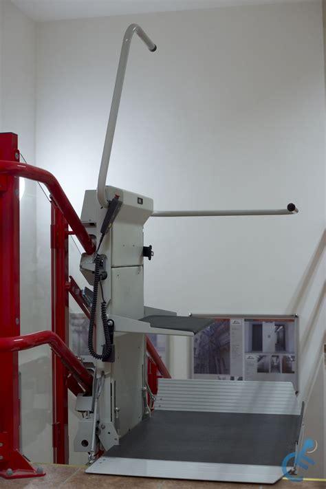 montascale pedana montascale a pedana per disabili montascale cpc stratos