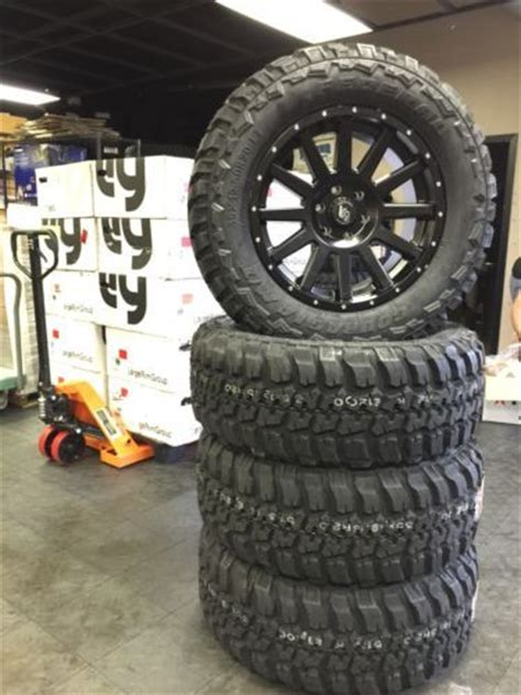 auto parts general     mud tire  custom