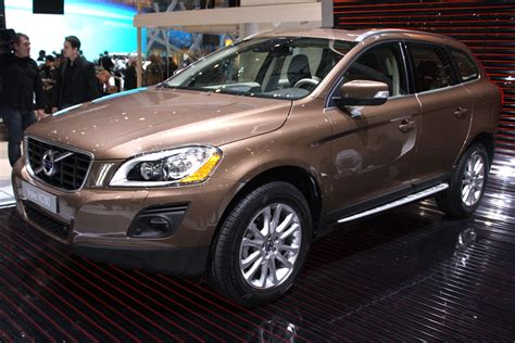 Stock 2010 Volvo XC60 T6 1/4 mile trap speeds 0 60