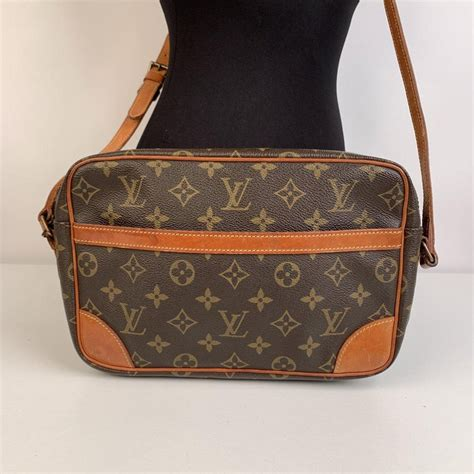 louis vuitton vintage monogram canvastrocadero  crossbody bag  sale  stdibs