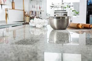 Granit Arbeitsplatte Reinigen : hochwertige naturstein arbeitsplatten f r exklusive k chen k chenhaus thiemann ~ Indierocktalk.com Haus und Dekorationen