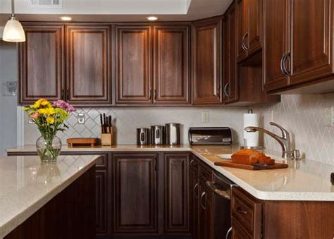 Kitchens With Cabinets And Light Countertops by How To Pair Countertop Colors With Cabinets