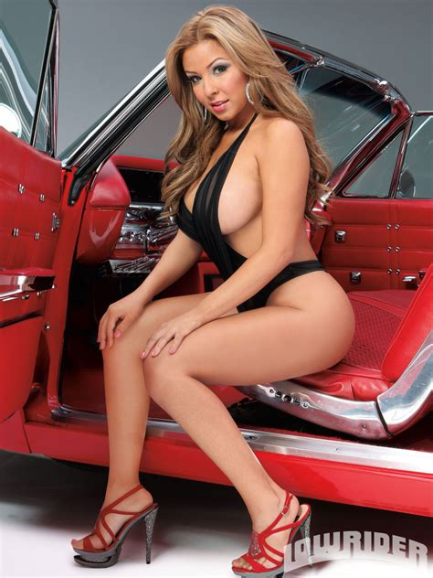 Faviola Amor - Lowrider Girls Model - Lowrider Girls Magazine