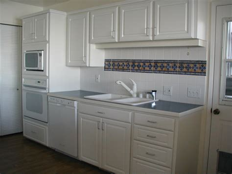 include decorative tile   kitchen  bath design