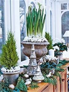Focal, Point, Styling, Decorating, With, Urns, For, The, Holidays