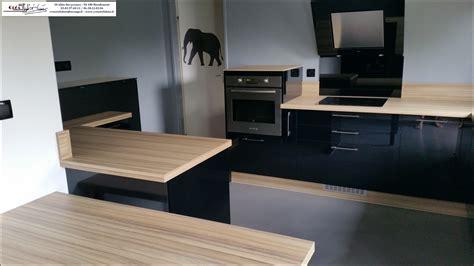photo de cuisine moderne cuisine moderne plan de travail bois maison moderne