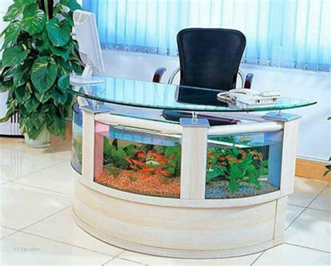 bureau aquarium la décoration avec un meuble aquarium archzine fr