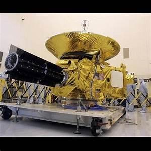 NASA's Pluto-bound spacecraft New Horizons starts mission ...