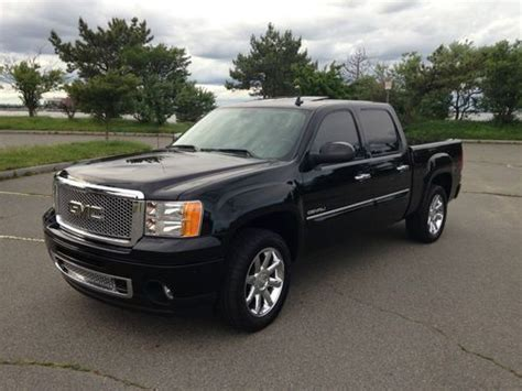 Sell Used 2011 Gmc Sierra 1500 Denali In Quincy