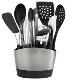 party rental supplies 5 essential cooking tools