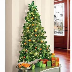 Wall-Hanging Pre-Lit Christmas Tree - The Green Head
