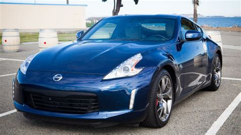 2013 370z Review by 2013 Nissan 370z Review Roadshow