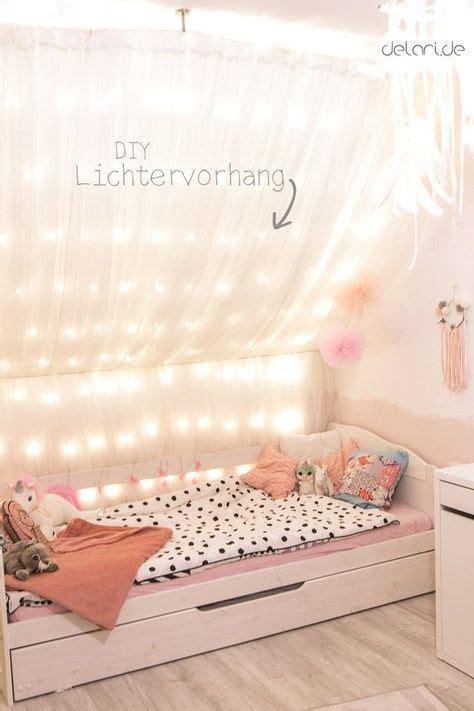 Kinderzimmer Mädchen Mit Dachschräge by Kinderzimmer Diy Ideen Traumf 228 Nger Lichterkettenhimmel